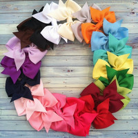 Fish thread bow hair color 20 students spend = 1946742404