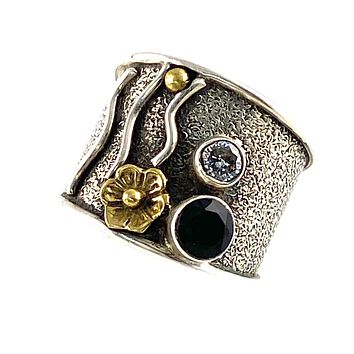 Black Onyx & White Topaz Sterling Silver Floral Band Ring