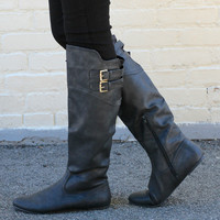 """Proud"" Knee High Flat Boots with Buckle Straps - Black"
