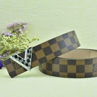 Cheap Louis Vuitton Woman Men Fashion Smooth Buckle Belt Leather Belt for sale q_2291738334_253