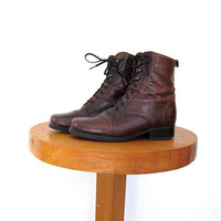 Vintage brown leather boots. Canadian lined boots. Tall lace up boots. Santana leather boots.