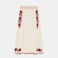EMBROIDERED SKIRT WITH ELASTIC WAISTBAND DETAILS
