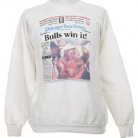 White 'Chicago Sun Times' Sweatshirt - Vintage clothing from Rokit -