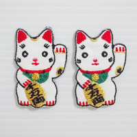 Set 2pcs. Japanese Lucky Cat Sign New Sew on / Iron On Patch Embroidered Applique Size 2.7cm.x4.1cm.