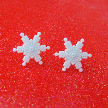 White Snowflake Earrings - Frosty Snowflake Earrings - Snowflake Stud Earrings - Snowflake Post Earrings - Winter Holiday Earrings