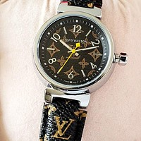 LV 2020 New Vintage Presbyopia Strap Men and Women Quartz Watch