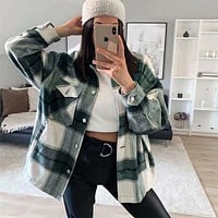 Fashion women's single breasted lapel plaid long woolen coat