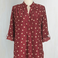 Long 3 Hosting for the Weekend Tunic in Merlot