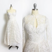 Vintage 1950s Wedding Dress - Ivory Lace + Tulle Tiered Sweetheart Full Skirt Bolero Gown - Small
