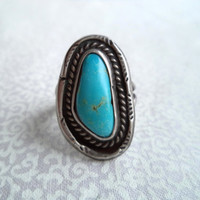 Vintage boho turquiose and silver ring/ Native American style ring/ bohemian turquoise/ size 6 ring