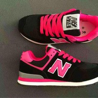 New balance abric is breathable n leisure sports Couples forrest gump running Black&Rose red