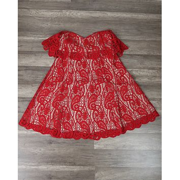 The Jetset Diaries - Lolita Strapless Lace Mini Dress in Red