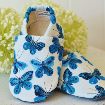 """Organic """"Butterfly"""" Shoes - NB to 4T"""