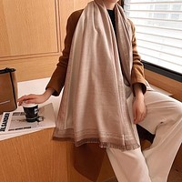 Hermes Fashionable versatile cape with extended warm neck wrap lady-3
