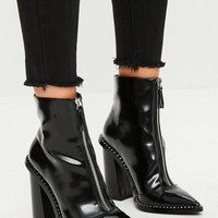 Missguided - Black Front Zip Pointed Ankle Boots