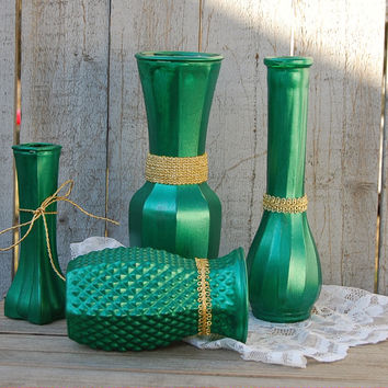 Green and gold glass vase set