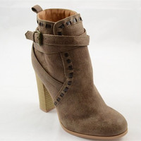 Stitched Fall Booties - Taupe