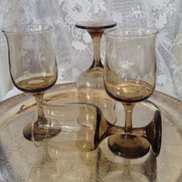 Libbey Tawny Topaz Tulip Wine Goblets, Smoked Glass Stemware, 1970s Grand Connoisseur Line, Set of Four Retro Mid Century Golden Brown Stems