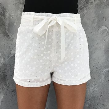Simple Times Floral Embroider Ivory Shorts