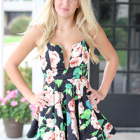 Sweet and Spicy Floral Dress - Black