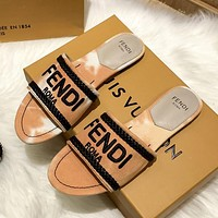 FENDI embroidered letters ladies casual sandals beach slippers Shoes
