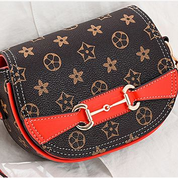 New style all-match fashion western-style one-shoulder messenger horseshoe bag