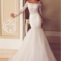 [165.99] Fabulous Tulle Off-the-Shoulder Neckline Mermaid Wedding Dresses with Beaded Lace Appliques - Dressilyme.com