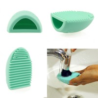 Hotrose® Cosmetic Makeup Brush Finger Glove Silicone Hand Cleaning Tools (Light Green)