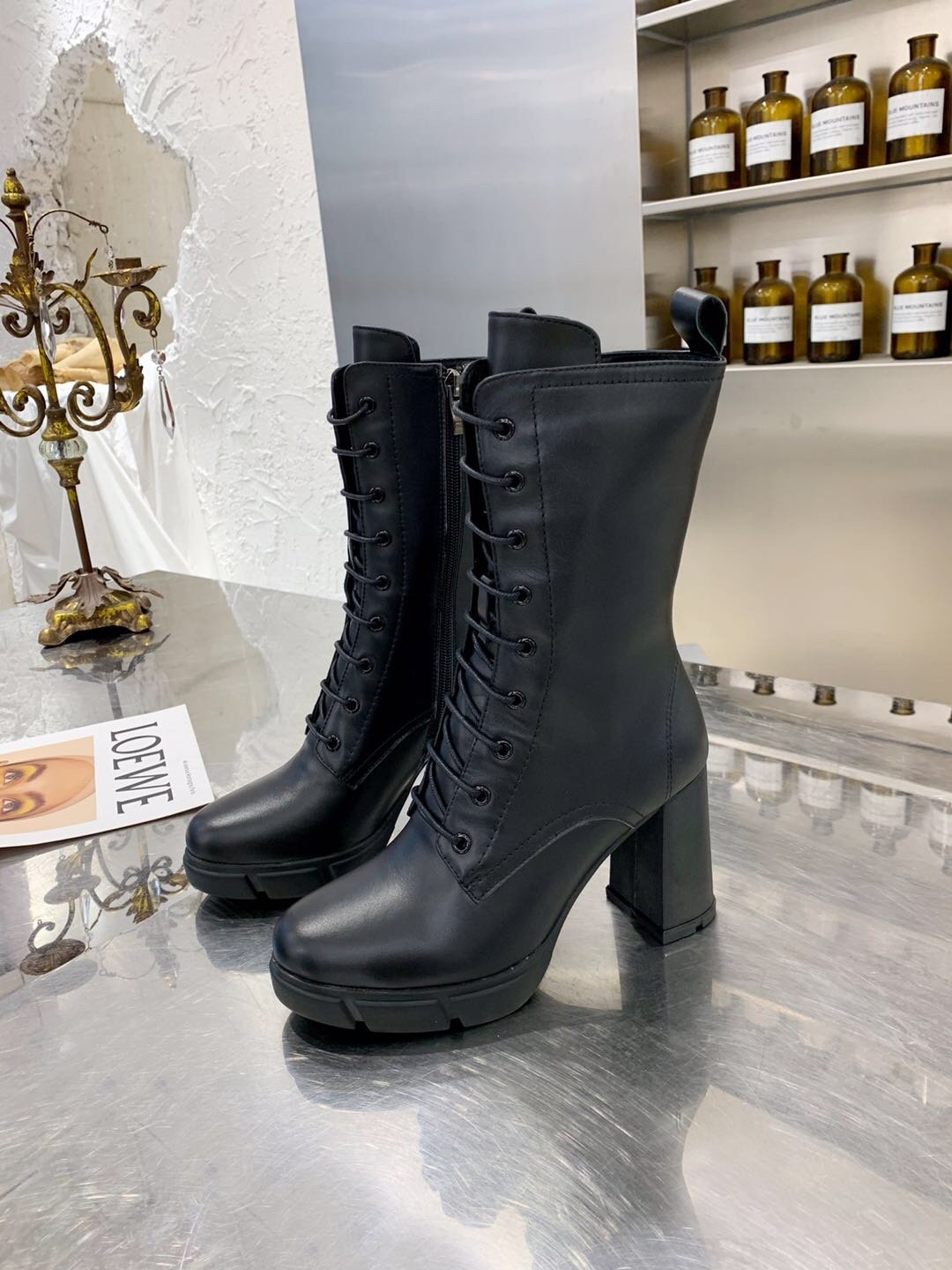Image of lv louis vuitton trending womens men leather side zip lace up ankle boots shoes high boots 237