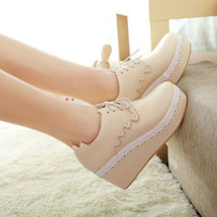 Fashion lace waterproof heels