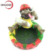 ONUOSS Free Style Bob Marley Shape Fashion Personalized Resin Ashtray for Car Smoking Pipes Decoration Gift Car Ashtray 125S