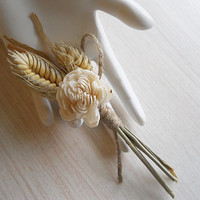 Wheat & Sola Boutonniere, Groom and Groomsmen Boutonniere, for Rustic, Country, Bohemian, Woodland Style Weddings. Made to Order.