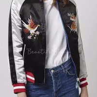 New Arrival Fashion Reversible Embroidered Animal Bomber Jacket