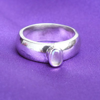 Moon Stone Sterling Silver Ring with Oval Gemstone and Thick Design Band, Size 6 1/2, Precious Metal Jewelry, Free Shipping and Gift Box
