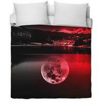 Red moon bed sheet