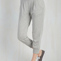 Urban Cropped Leisure of the Pack Lounge Pants in Grey