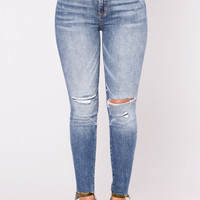 Ayla Distressed Jeans - Medium