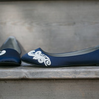 Wedding Flats - Navy Blue Bridal Ballet Flats/Wedding Shoes, Navy Flats with Ivory Lace. US Size 8