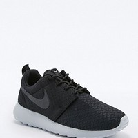 Nike Roshe Run Black and Grey Trainers - Urban Outfitters