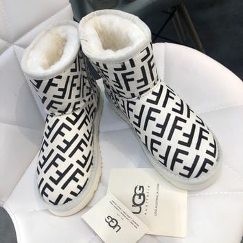 UGG x FENDI Logo-print short boot