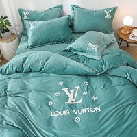 Elegant Modern 4 Pcs Designer Bedding Set