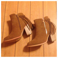 "This Weeks ""Special Sale"" Extra Special Pick! Fall Fashion Must Have! Fringe Tan Bootie Boots with Heel"