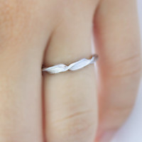 Thin Abstract Twisted Ring