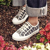 Dior CD embroidered lace-up canvas shoes series fashion ladies sneakers shoes