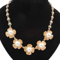 Casual Gold Plated Pearl Floral Necklace