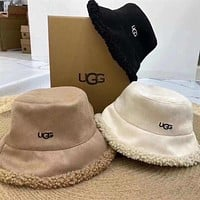 UGG Lambs wool Bucket hat
