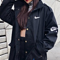 Nike air new women's tooling hooded windproof jacket black