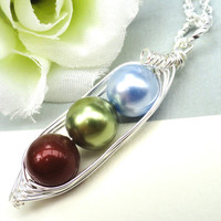Personalized Birthstone Necklace Three Peas In A Pod Ideal Gift For Mom Grandma Sister Or Best Friend