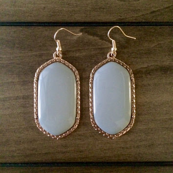 Kendra Scott Inspired Large Earrings: Grey