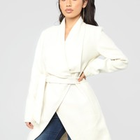 Manhattan Coat - Ivory